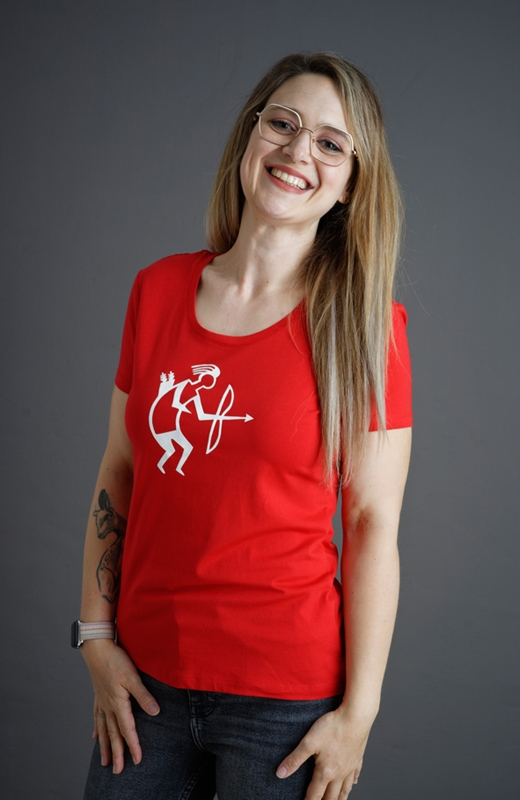 Redshirt Lady XXL
